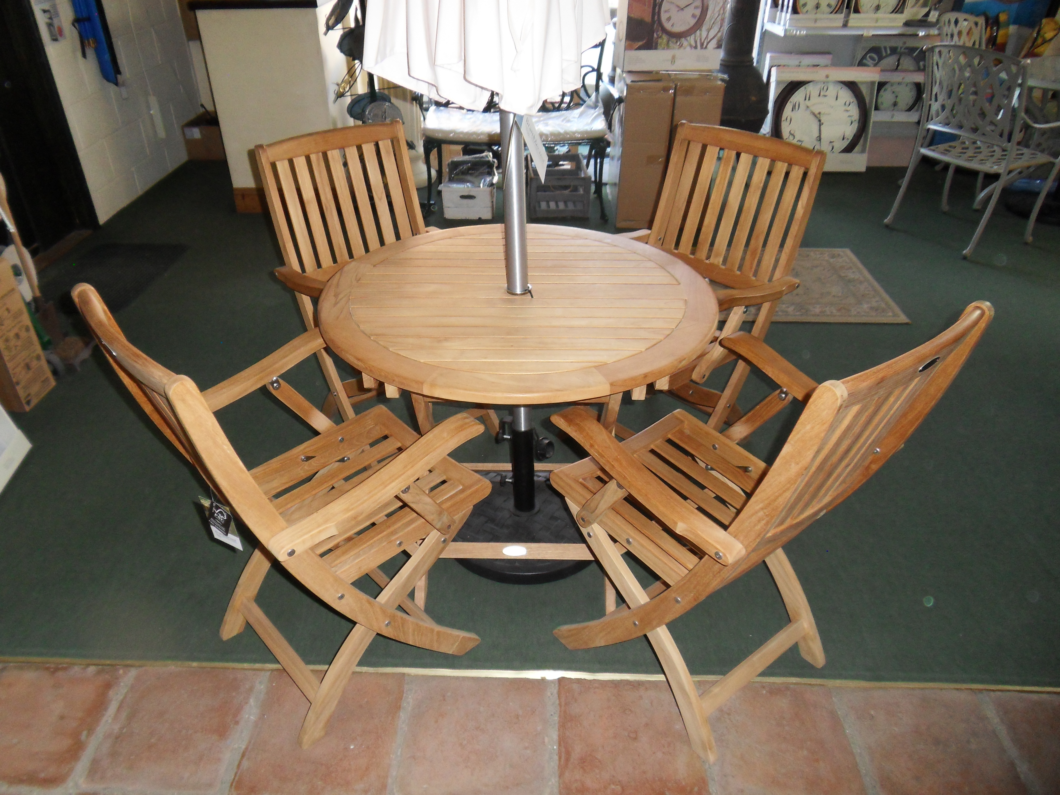 Snowshill Garden Table & Chairs